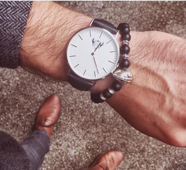 Men's watches, men's jewellery, men's ties, lapel pins & pocket squares