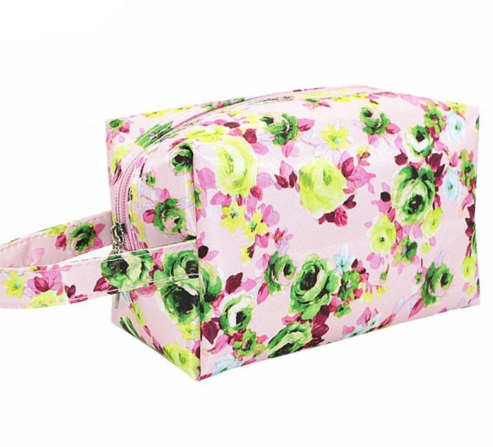 Washbag / Make up bag - pale pink floral